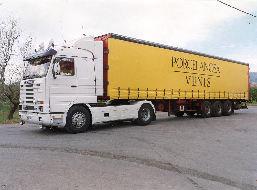 Lonas para cami n toldos t rrega castell n for Toldos para camiones