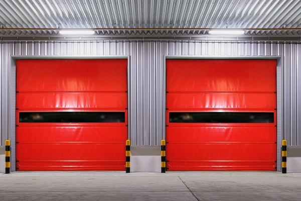 Dickson - Tejido para puertas y separadores https://www.dickson-coatings.com/es/market/industria/