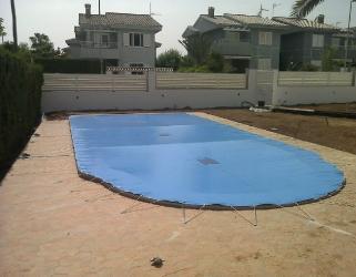 Cobertor a medida piscina en Benicasim