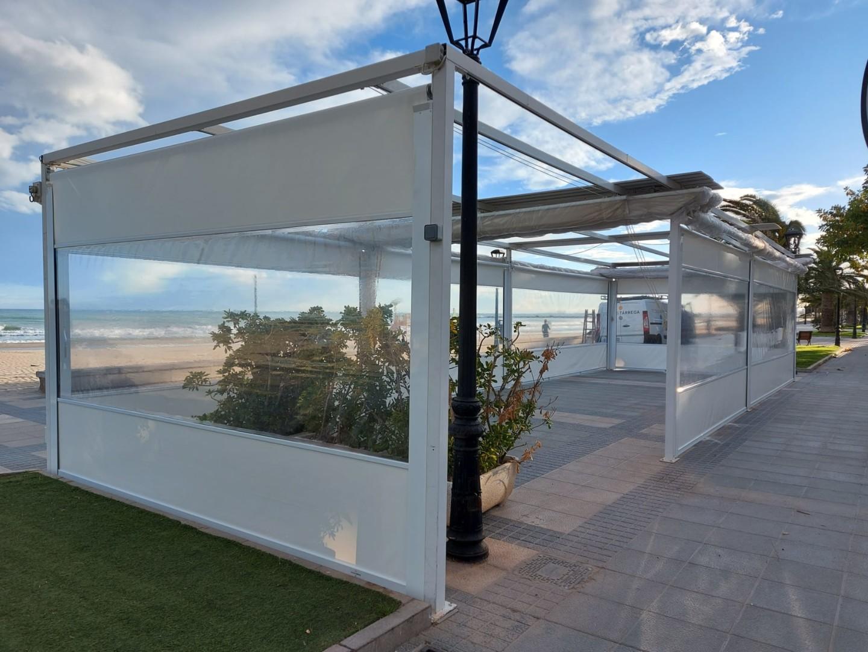 Cerramiento terraza de hostelería en benicassim